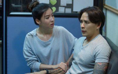 """""""แทค ภรัณยู"""" ประสาทหลอนสยองเสียงปริศนา ในภาพยนตร์ซีรีส์ระทึกขวัญ """"Bangkok Ghost Stories""""  ในตอนดีเจคลื่นแทรก"""